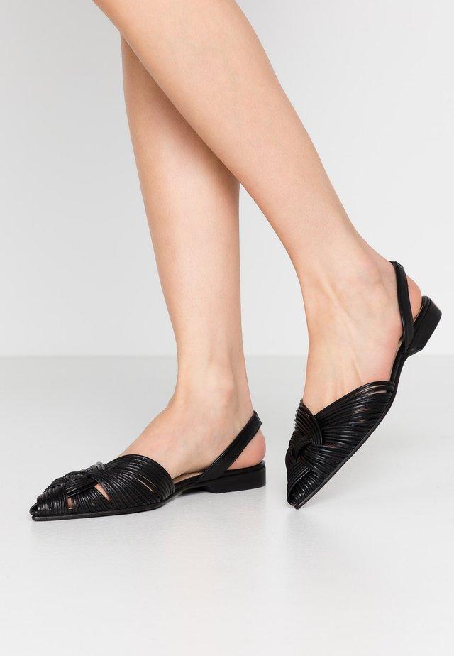 ANIMI - Sandaalit nilkkaremmillä - black