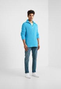 DRYKORN - JAZ - Slim fit jeans - aqua - 1