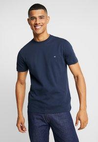 Calvin Klein - T-shirt basic - navy - 0