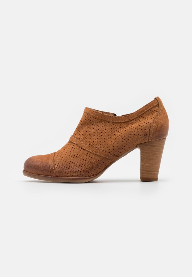 WANDA - Ankle boots - pacific