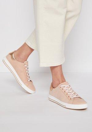Sneakers - rosa/rame