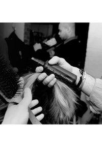 Sebastian Professional - VOLUPT SPRAY - Hair styling - - - 2