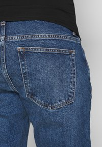 Topshop Maternity - 32'STRAIGHT CLEAN - Straight leg jeans - blue denim - 4