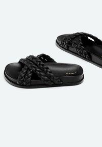 Uterqüe - Platform sandals - black - 3
