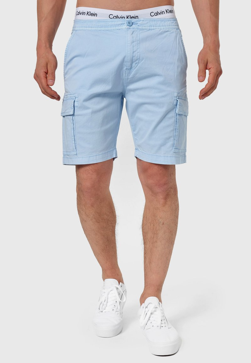 INDICODE JEANS - KINNAIRD - Shorts - light blue