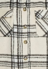 Missguided - OVERSIZED CHECK SHACKET - Summer jacket - ecru - 2