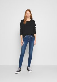 Replay - NEW LUZ - Jeans Skinny Fit - medium blue - 1