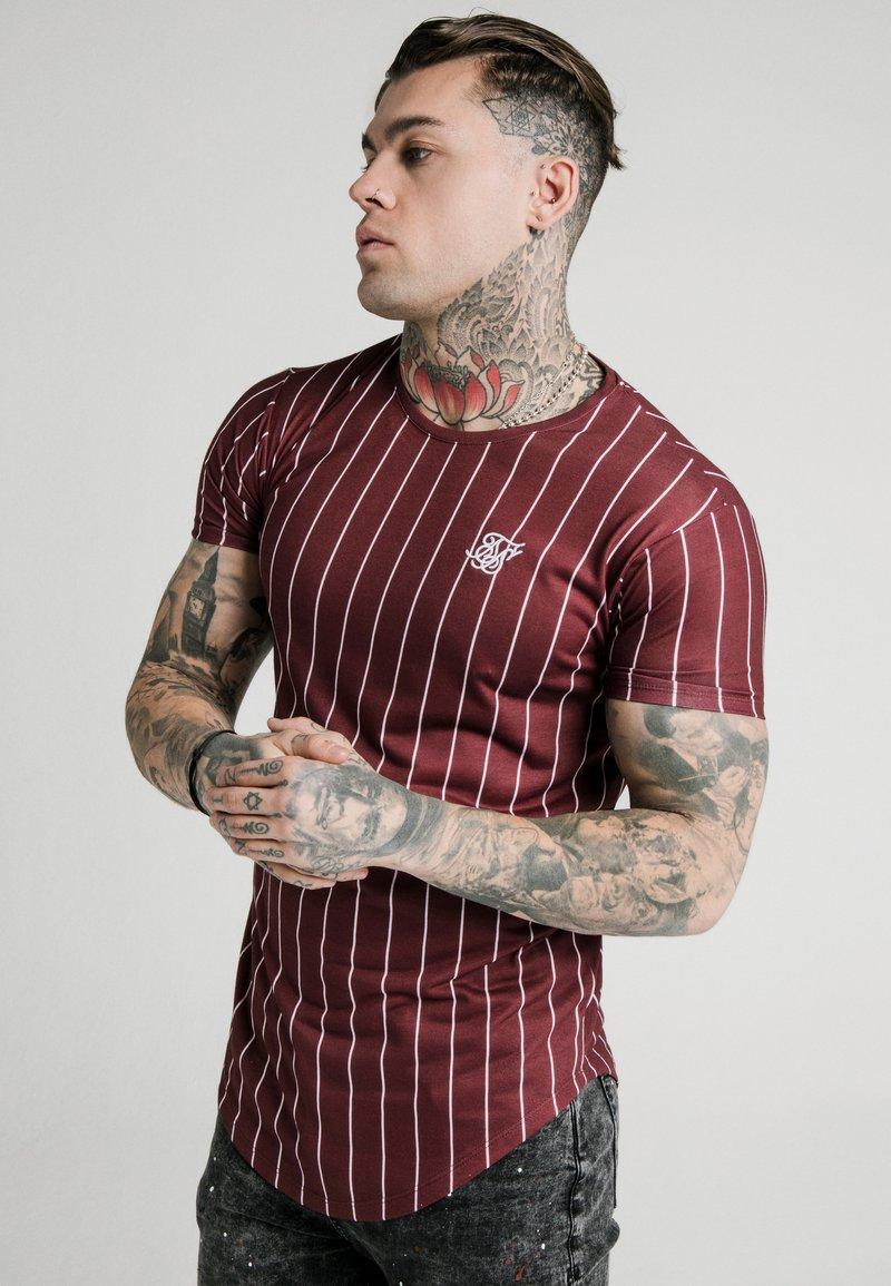 SIKSILK - PINSTRIPE TEE - T-shirt print - burgundy
