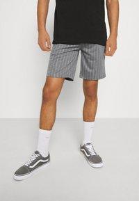 Blend - Shorts - pewter - 0