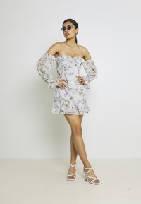 Nly by Nelly - LOVESTRUCK FLOUNCE DRESS - Cocktail dress / Party dress - multicoloured - 1