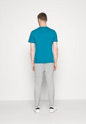 T-shirts basic - royal blue