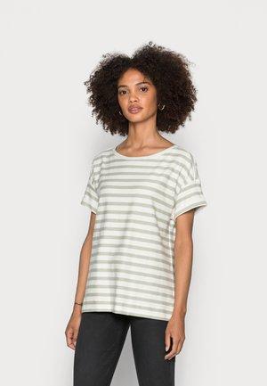 COO STRIPE - Print T-shirt - pastel green