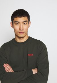 Barbour International - TEE - Long sleeved top - jungle green - 3