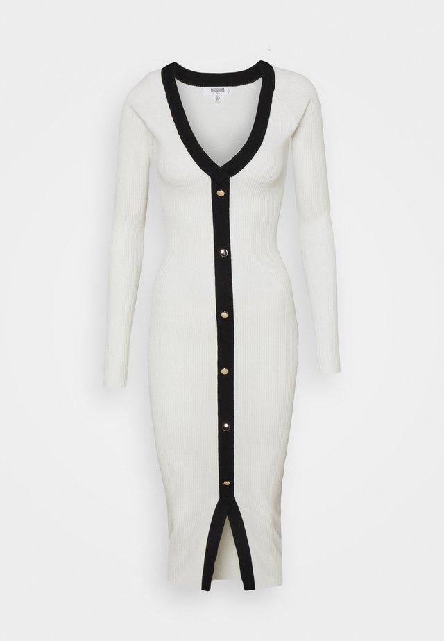 BUTTON THROUGH CARDI DRESS - Sukienka dzianinowa - white