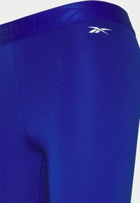Reebok - CAPRI - 3/4 sports trousers - cobalt - 2