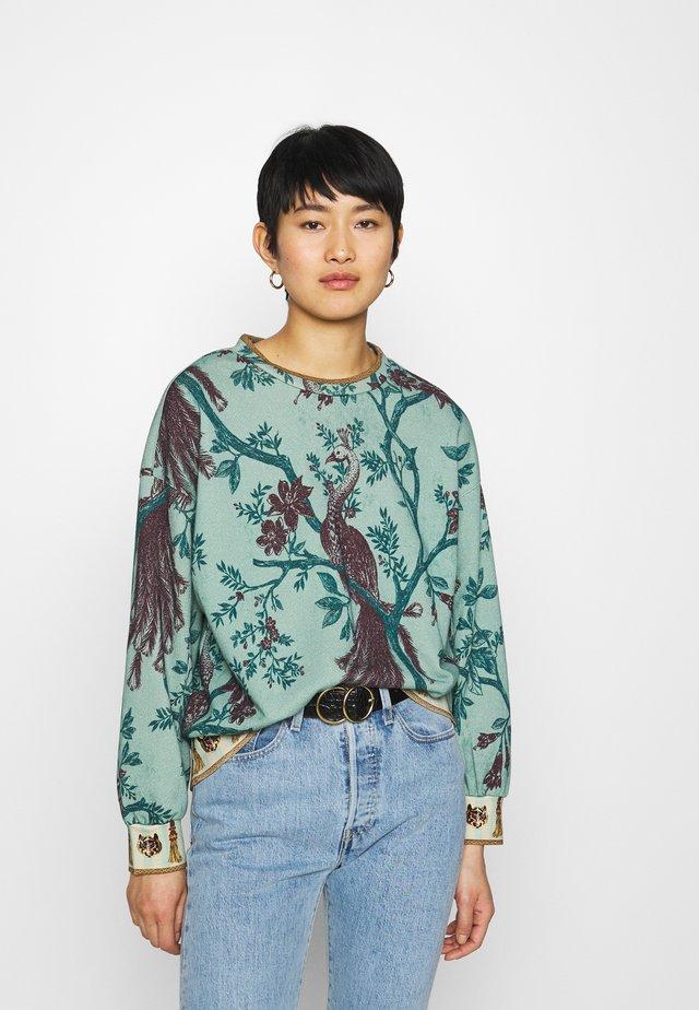 Sweater - water green/coffee/mustard
