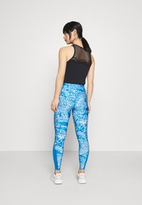 ONLY PLAY Petite - ONPANGILIA LIFE - Leggings - imperial blue/white/imperial blue - 2