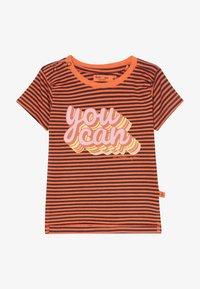 Smitten Organic - TEE BABY ZGREEN - Print T-shirt - living coral - 2