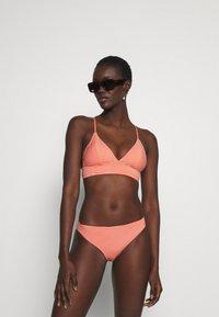 ONLY - ONLKITTY SET - Bikini - red clay/cloud dancer - 1