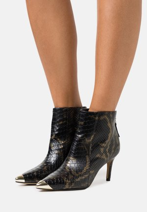 VILENCIA - Ankle boots - black/gold