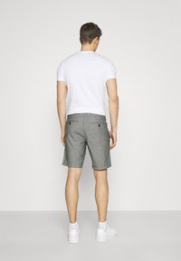 Selected Homme - SLHMILES FLEX - Shorts - black/mixed with egret - 2