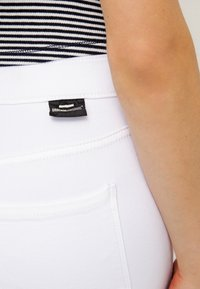 Dr.Denim - LEXY - Jeans Skinny Fit - white - 4