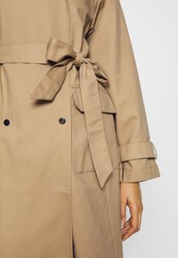 Gina Tricot - SALLY  - Trenchcoat - beige - 5