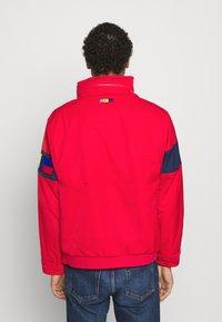 Nike Sportswear - REISSUE WALLIWAW  - Vindjacka - university red - 2