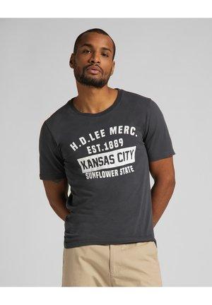 T-shirt med print - washed black
