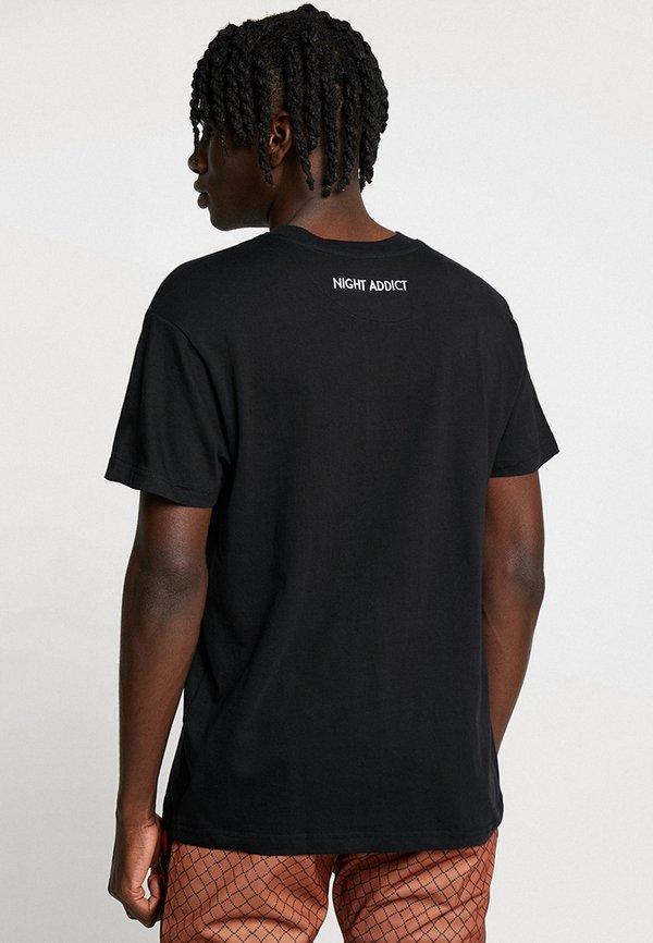 Night Addict T-shirt z nadrukiem - black/czarny Odzież Męska VQWL
