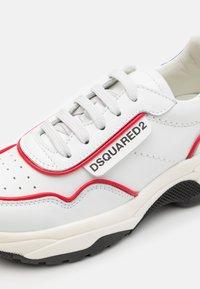 Dsquared2 - UNISEX - Trainers - white - 5