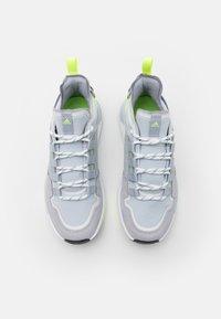 adidas Performance - TERREX HIKSTER - Outdoorschoenen - halo silver/halo blue/core black - 3