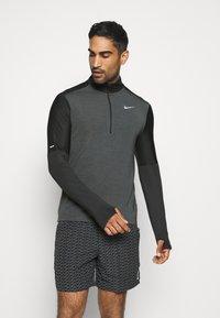 Nike Performance - Funktionsshirt - dark smoke grey/black/silver - 0