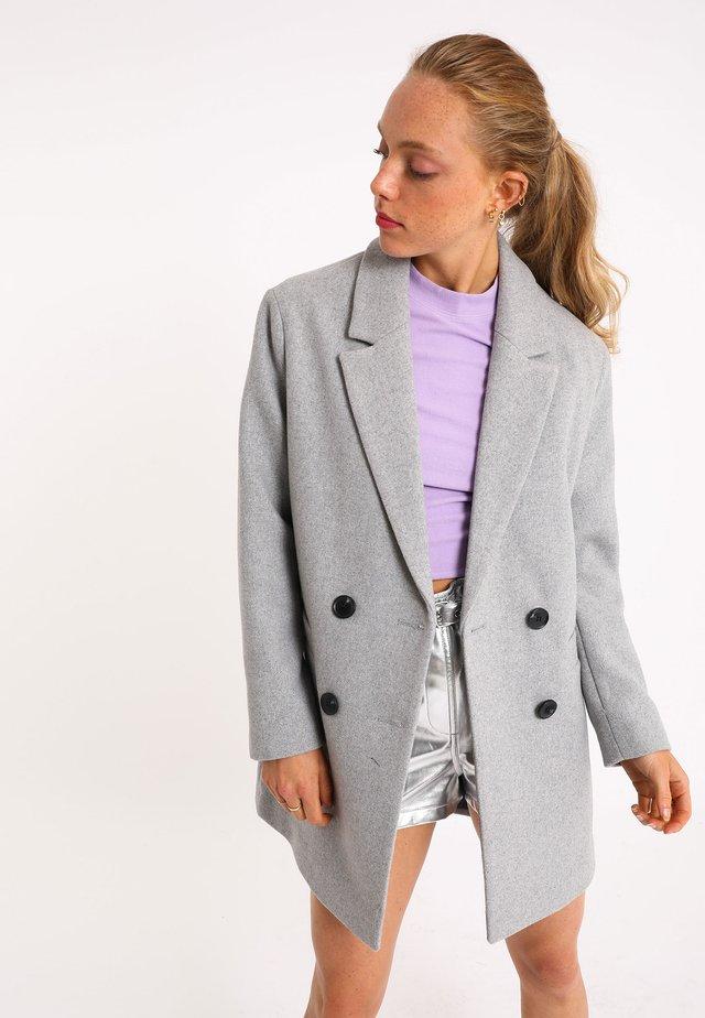 Krótki płaszcz - grau meliert