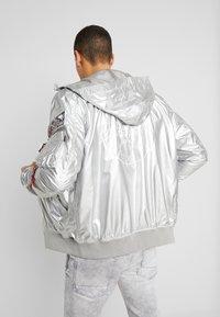 Alpha Industries - HOODED NASA - Summer jacket - silver - 3