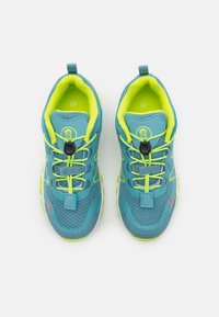 TrollKids - KIDS SANDEFJORD LOW UNISEX - Hiking shoes - dolphin blue/lime - 3