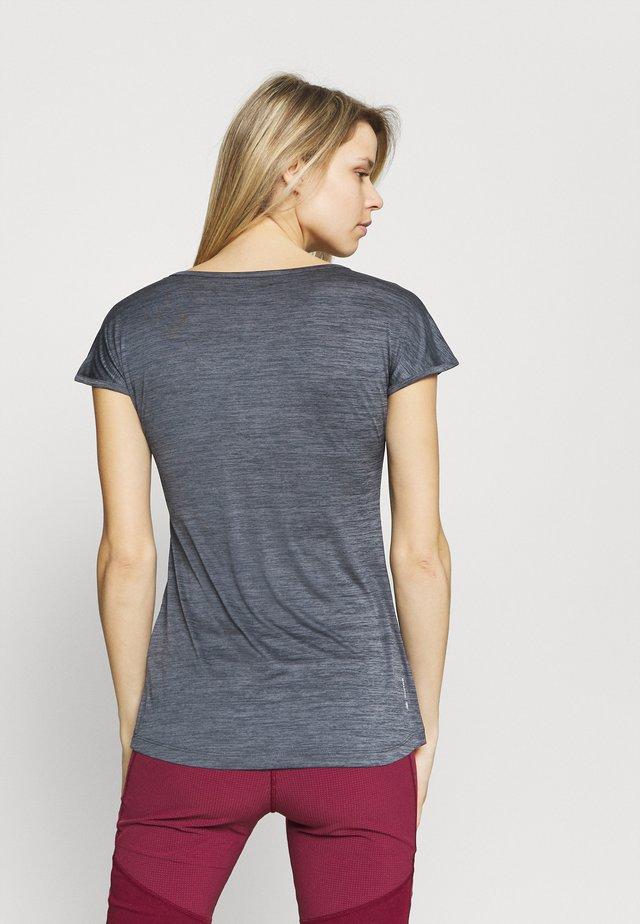 PUEZ DRY TEE - T-shirts - premium navy melange