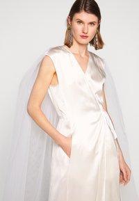 MM6 Maison Margiela - Společenské šaty - white - 3