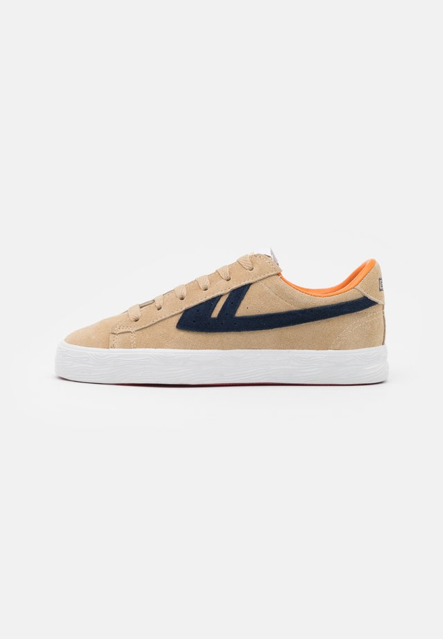DIME UNISEX - Sneakers laag - sand/navy/orange