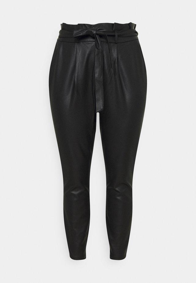 VMEVA MR LOOSE PAPERBAG COATED - Trousers - black