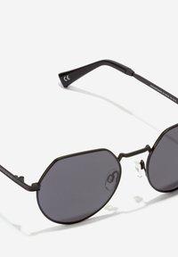 Hawkers - AURA - Sunglasses - black - 7