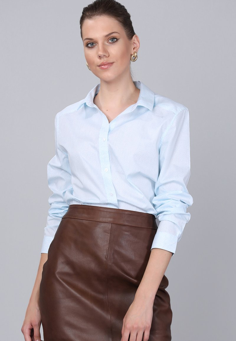 Basics and More - Button-down blouse - turquoise