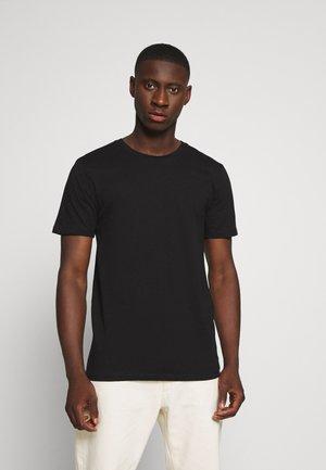 LUKA  - T-shirts basic - black
