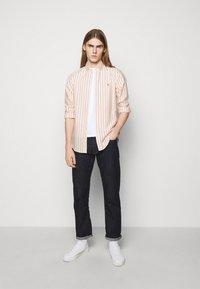 Polo Ralph Lauren - OXFORD - Shirt - orange/white - 1
