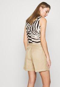 Lauren Ralph Lauren - SHORT - Shorts - birch tan - 3