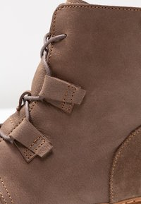 El Naturalista - ANGKOR - Lace-up ankle boots - plume - 2