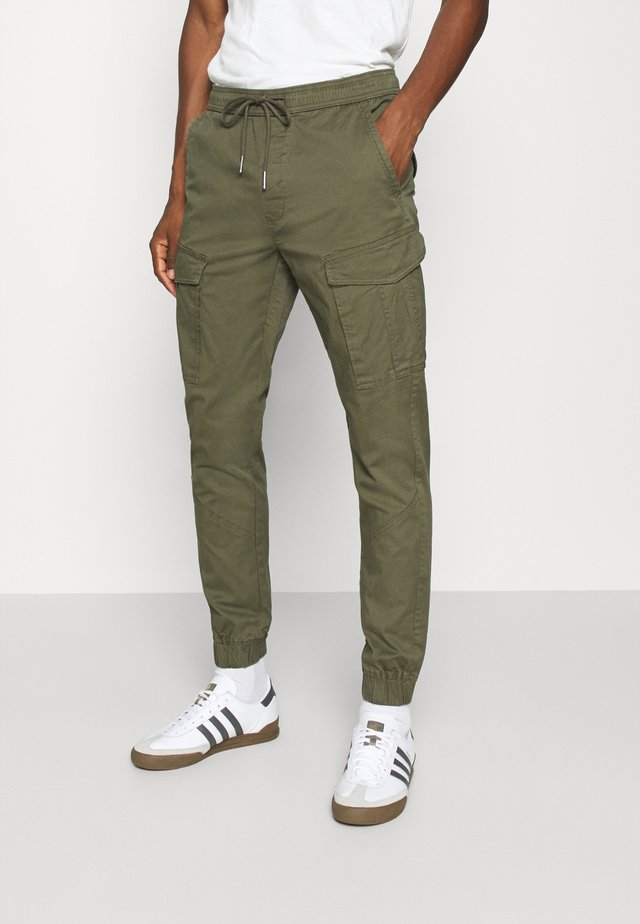 PANTS JIM CUFF - Pantalones cargo - ivy green
