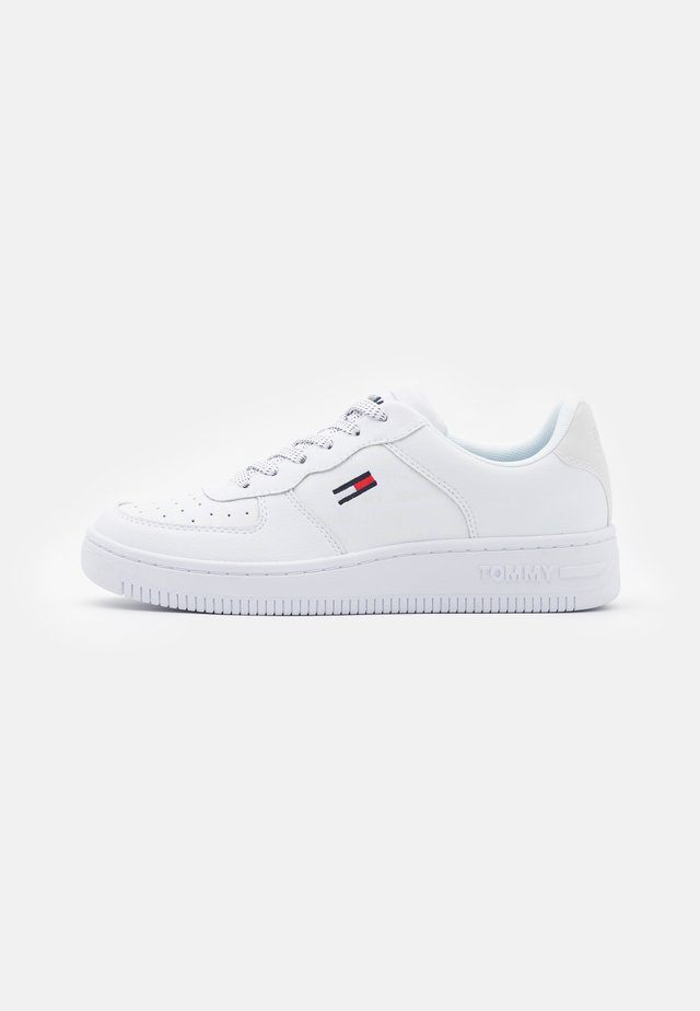 REFLECTIVE BASKET - Sneakers - white
