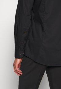 OLYMP - OLYMP NO.6 SUPER SLIM FIT  - Kostymskjorta - schwarz - 3