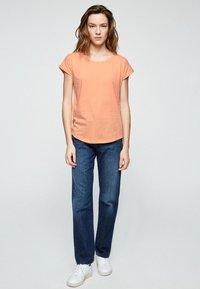 ARMEDANGELS - LAALE - Basic T-shirt - sweet peach - 1